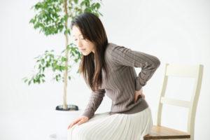 ヘルニア・坐骨神経痛の女性