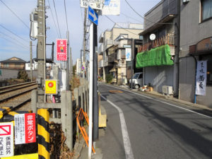 東急世田谷線宮の坂駅から山下駅への道のり